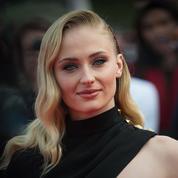 Sophie Turner: «Cela m'amuserait beaucoup d'être James Bond, et non une James Bond Girl»