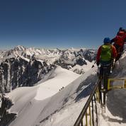 Surfréquentation touristique et «hurluberlus»: le mont Blanc sature