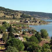 Après 50 ans de combat, un village miraculé des eaux va retrouver ses habitants