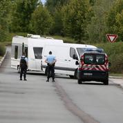 Gens du voyage: la fronde des élus contre les campements illégaux