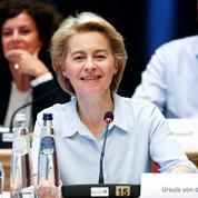«Mode de vie européen»: la pression monte d'un cran sur Ursula von der Leyen