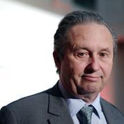 Véhicules électriques: le cri d'alarme de Christian Peugeot