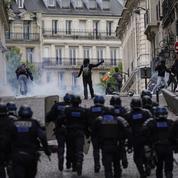 «Gilets jaunes»: face à un acte 45 incandescent, 7500 policiers et gendarmes mobilisés à Paris