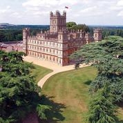 Downton Abbey: visite inédite du château de la série mythique