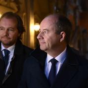L'ex-garde des Sceaux Jean-Jacques Urvoas bousculé à son procès
