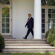 Un mystérieux «lanceur d'alerte» fait vaciller Donald Trump