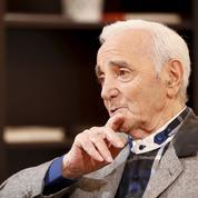 Les tournées de Charles Aznavour dans l'œil du fisc un an après le décès du chanteur