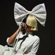 «La vie est dure»: Sia annonce être atteinte d'une maladie génétique rare