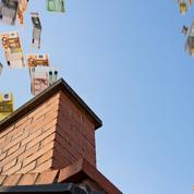 Logement: la fiscalité flambe, les aides en forte baisse