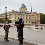 Deux fonctionnaires de la préfecture de police désarmés pour soupçons de radicalisation