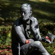 Des Irlandais veulent faire revenir les restes de James Joyce de Suisse
