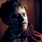 Norman à L'École des vampires :«Je ne suis pas juste un vieil ado»
