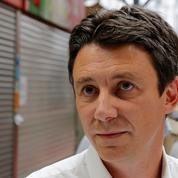 Municipales à Paris: Benjamin Griveaux tente de reprendre la main