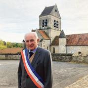 Élu depuis 61 ans, le plus ancien maire de France candidat pour la 12e fois