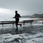 Un dimanche balayé par la tempête Amélie, l'essentiel en images