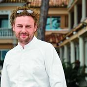 Arnaud Donckele, chef de l'année pour le Gault et Millau