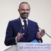 Immigration: les quotas sans plafond, une «escroquerie» pour LR et le RN