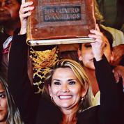 En Bolivie, Jeanine Anez succède à Evo Morales