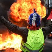 «Gilets jaunes»: un an plus tard, les ministres se souviennent d'un «déferlement de violences»