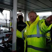 Législatives: Boris Johnson sur deux fronts électoraux