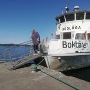 À bord du bateau-livre de l'archipel suédois