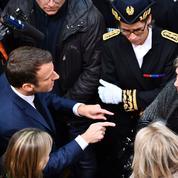 À Whirlpool, Macron vivement interpellé par l'Insoumis Ruffin et d'ex-salariés