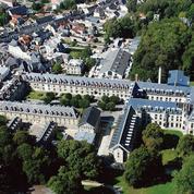 Identité, langue française: le projet présidentiel du château de Villers-Cotterêts
