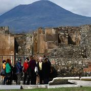 À Pompéi, des thermes romains avec un squelette pétrifié ouvrent au public