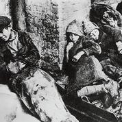 Famine rouge d'Anne Applebaum: l'Holodomor, le génocide de Staline en Ukraine