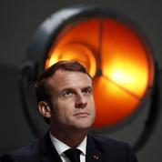Sondage: Emmanuel Macron au pied du mur