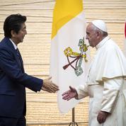 Diplomatie: à quoi joue le Pape François?