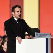 À Nîmes, Macron en «père de la nation»