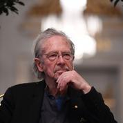 Peter Handke: le Kosovo boycottera la cérémonie du prix Nobel pro-Serbe