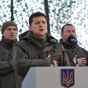 Les Ukrainiens pressent Zelensky de refuser toute «capitulation» face à Poutine