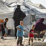 Épouses de djihadistes renvoyées en France: comment fonctionne le «protocole Cazeneuve»