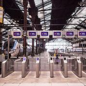 Grève: le service minimum des transports est une réalité partout, sauf en France