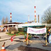 Grève dans les raffineries: le gouvernement veut rassurer