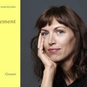 Affaire Matzneff: que découvre-t-on dans Le Consentement de Vanessa Springora?