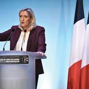 Municipales: Marine Le Pen à la conquête de nouvelles villes
