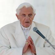 Célibat des prêtres: l'objection de conscience de Benoît XVI