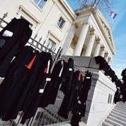 Grève des avocats: les délais et les retards explosent