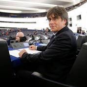 Les premiers pas de Carles Puigdemont au Parlement européen