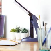 Remarquée au CES 2020, Lexilife aide les dyslexiques à mieux lire grâce à une lampe