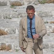 «Qu'importe sa couleur», James Bond doit rester un homme