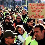 «Gilets jaunes» et marches pour le climat: même combat?