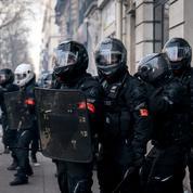 Scrutées en permanence, les forces de l'ordre vivent mal leur mise en accusation