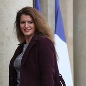 Après l'affaire Matzneff, Marlène Schiappa prête à renforcer la loi sur les violences sexuelles