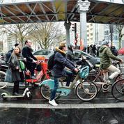 «Paris est sale et dangereuse, mais la priorité est de supprimer des places de parking!»