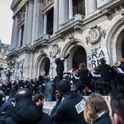 L'Opéra de Paris reprend ses représentations mais le mouvement ne baisse pas la garde