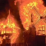 Burning Man consume le matérialisme dans le désert du Nevada